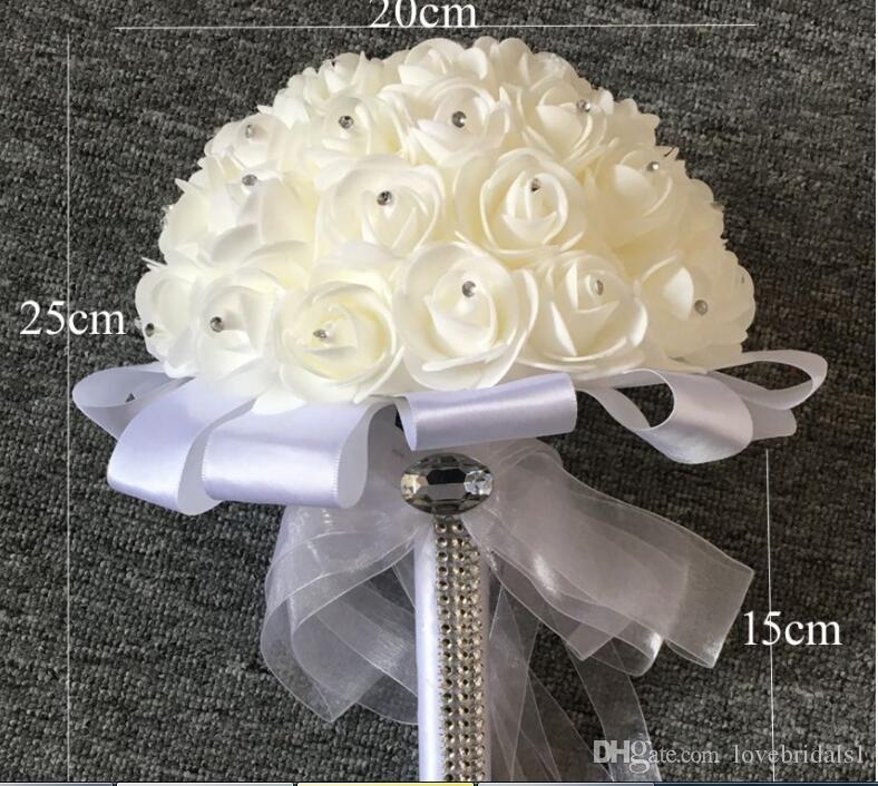 2017 bon marché vente chaude rose artificielle bride fleurs mariée bouquet de mariée bouquet de mariée cristal ivoire en soie ruban nouvelle Bulette de noiva