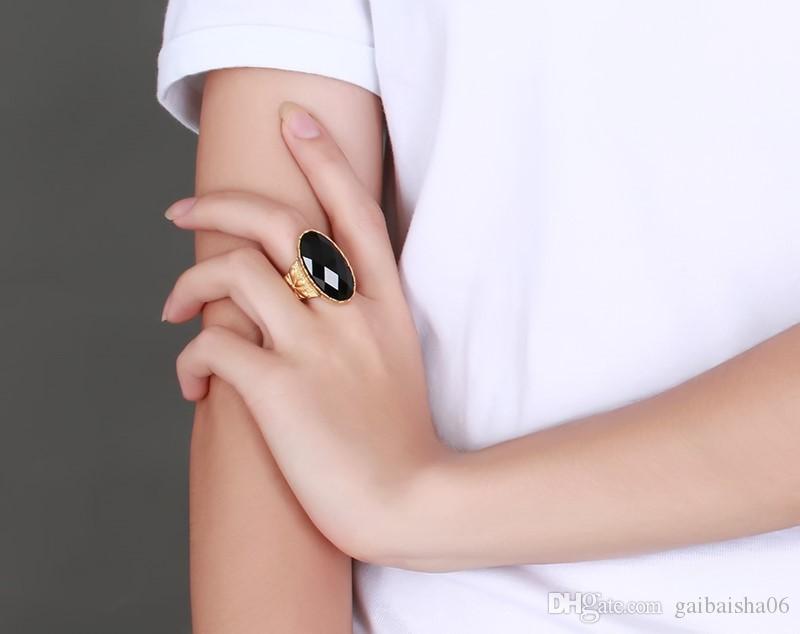 Kadınlar için Meaeguet Mücevherat Yüzük Paslanmaz Çelik Altın Renk Vintage Oval Siyah Akik Kakma Düğün Nişan Yüzüğü RC-227
