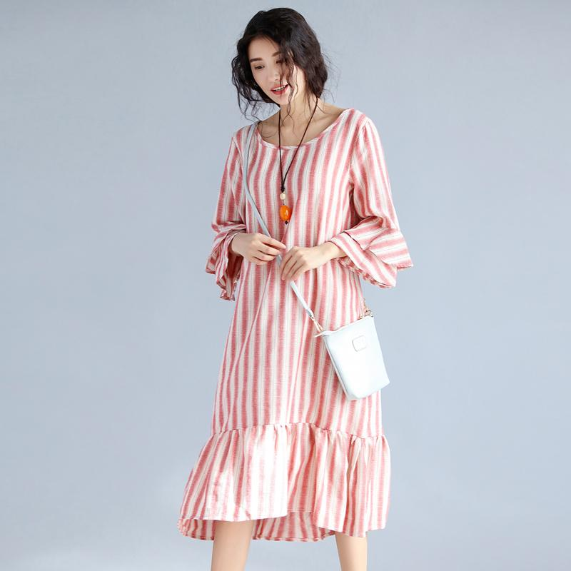 da5272c24098 2017 Summer New Fanshion Cute Long Women Dress Ruffles Stripe O Neck Dress  Three Quarter Sleeve Casual For Women Dresses Junior Floral Dresses Teens  Party ...