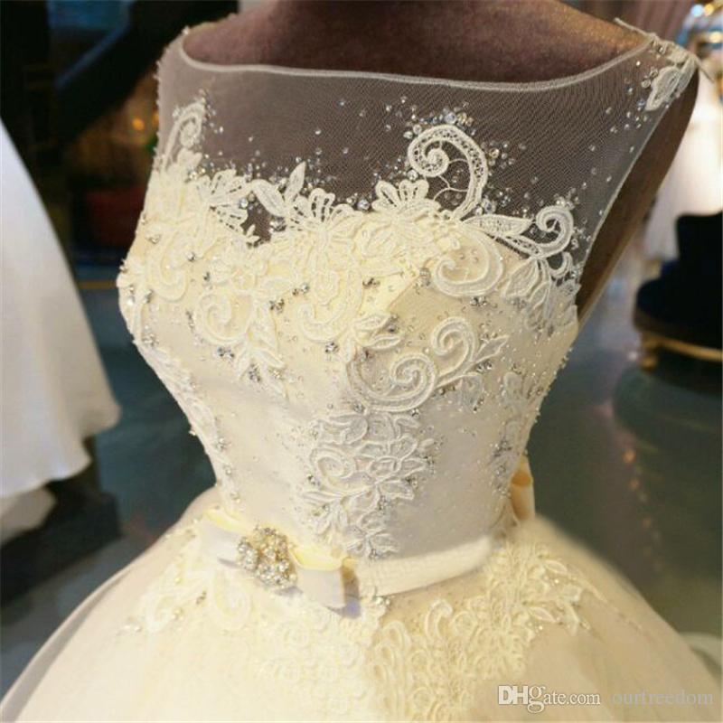Echt luxuriöse Brautkleider 2019 New Royal Train Prinzessin Vestido De Novia Perlen Perlen funkelnden Kristall Vintange Brautkleider