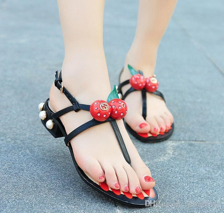 hot sale sweet crystal red strawberry women sandals flats flip flops sandals buckle fashion summer shoes pearl heel