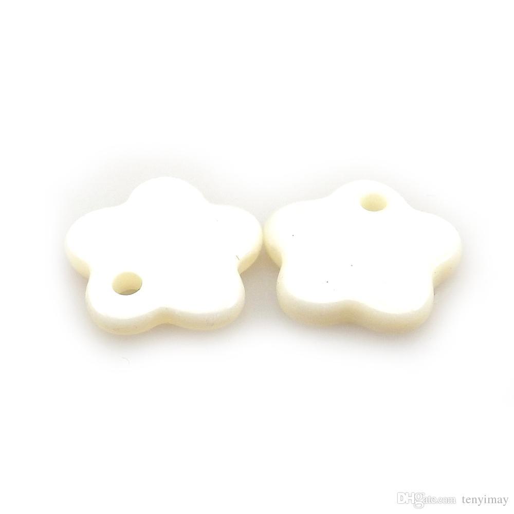 100 stks witte bloem vorm hangers 12mm voor sieraden maken DIY uit natuur parelmoer shell
