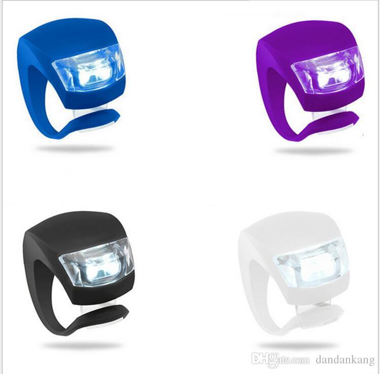 luz de silicone ciclismo da bicicleta principal da parte dianteira da roda traseira LED Flash Bicicleta Light Lamp incluem as luzes de advertência de bicicleta sem fio da bateria