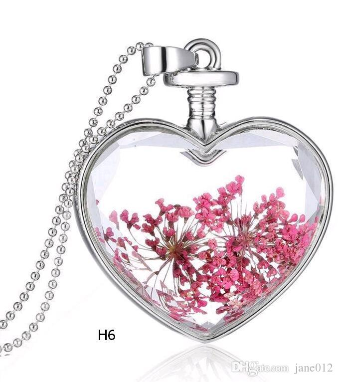 Korean Style Heart Pendant Necklace Crystal Dried Flower many kinds of Plants Blossom Necklace for Valentine s Day Gift