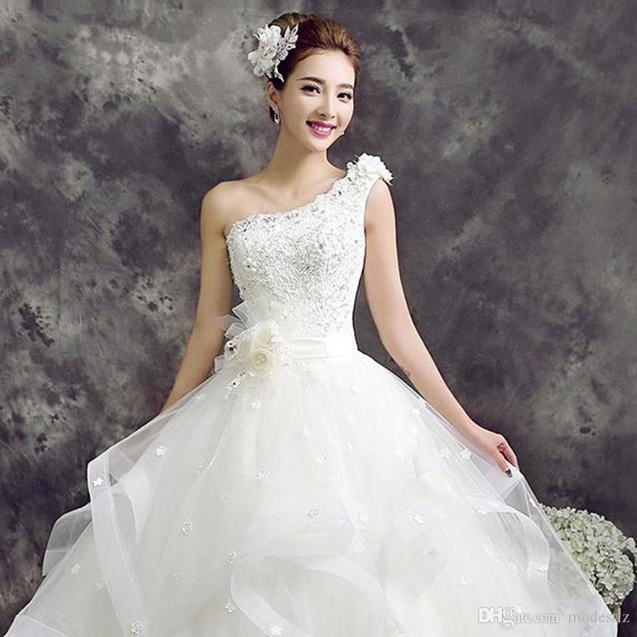 This Is A Retro Style Wedding Dress For The Summer New Fashion ...