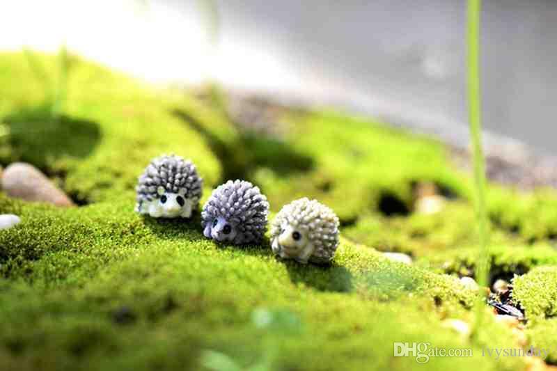 Bonito Mini Resina Ouriço Micro Paisagem Fada Em Miniatura Animal frasco De Musgo plantas Suculentas pote decoração adereços ecológicos resina artesanato