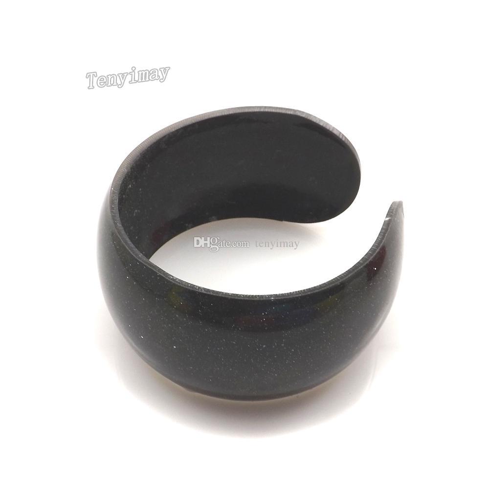Brazaletes plásticos del color del caramelo de la manera del brazalete del niño de acrílico abierto para el regalo / que envía libremente