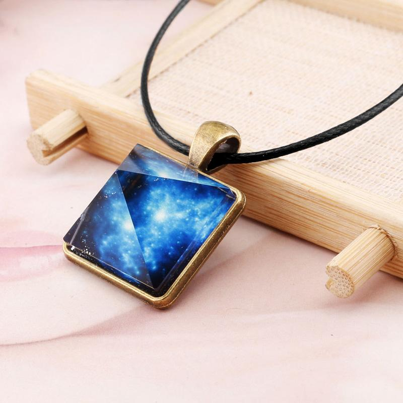 Original New Galaxy Pyramids Necklace Vintage Glowing Jewelry Love Pendant for Couples Lovers Glow In the Dark Women Men Jewelry Gift