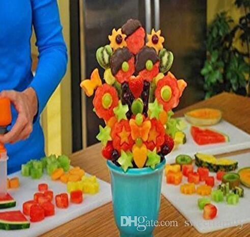 Creative Kitchen Pop Chef Tools Plastic Vegetable Fruit Shape Cutter Slicer Veggie Food Snack Maker Cake Decorator Festival Game
