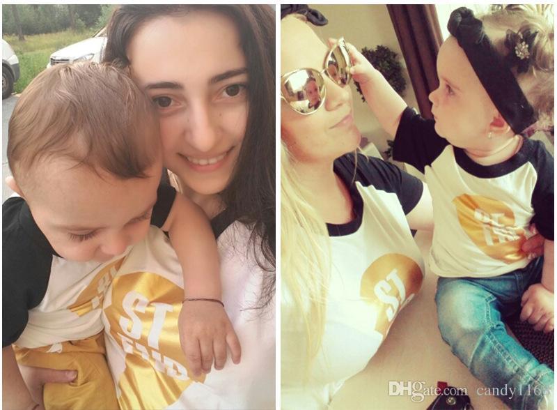 All'ingrosso-2017 Abbigliamento di famiglia corrispondente mamma e figlio Neonata Ragazzo manica corta Lettera Stampa T Shirt madre figlia Abiti
