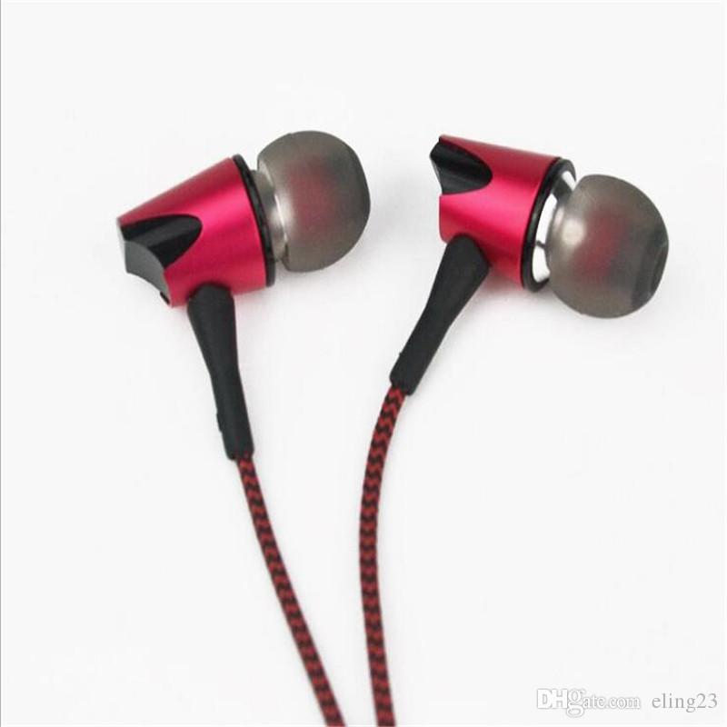 2017 best selling moving metal 3.5mm in ear music headphones with microphone for universal mobile phone computer