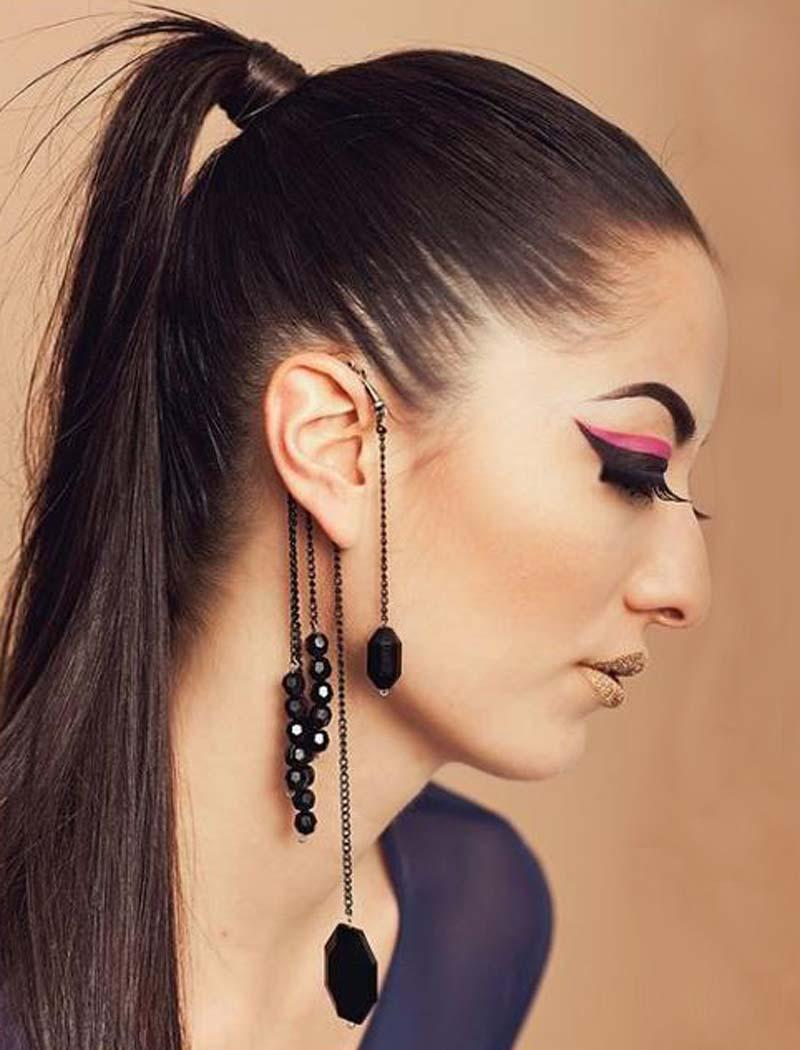 Gran diseño retro europeo y americano sin exageración Pendientes de piedras preciosas con cuentas negras Pendientes perforados Borla gancho para la oreja