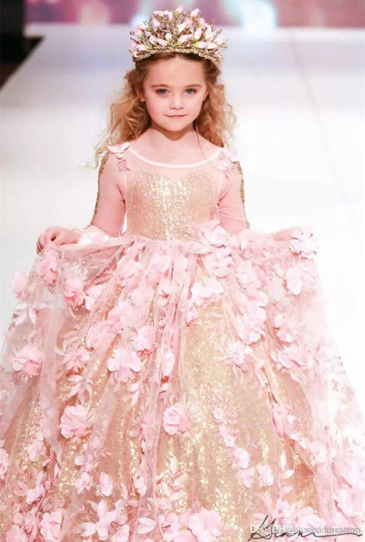 Muhteşem Balo Çiçek Kız Alayı Elbiseler Uzun Kollu Toddler Çiçek Kız Elbise Kat Uzunluk 3D Aplikler İlk Communion Abiye