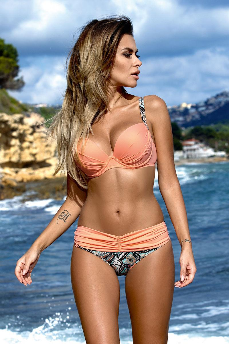 Best photos of bikini women