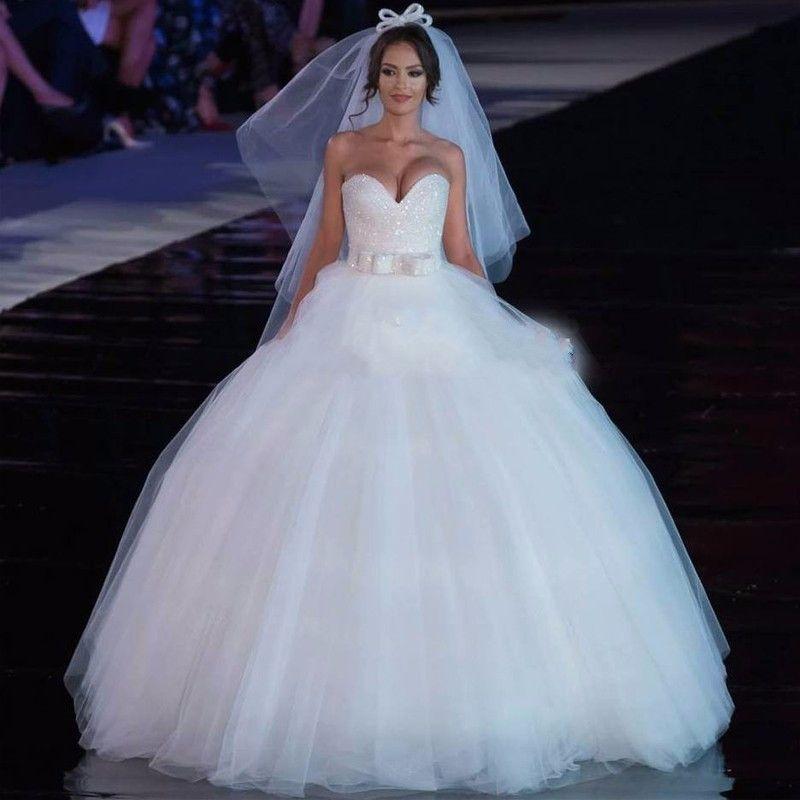 Vintage Mariage Robes De Mariée Robes De Boule Sweetheart Princesse Blanc Tulle Blanc Encre de la robe de mariage Cristal Perles Casamento 2017