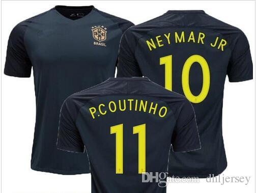 Compre Nova Camisa Do Brasil 2017 2018 Camisa De Futebol Camisa De Futebol  Brasil Neymar Oscar Casa De Campo Camisa De Futebol Adulto Qualidade  Tailandesa ... eedfe09645485