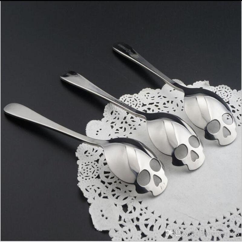 Cuchara de café inoxidable Forma de calavera Cuchara de postre Cuchara de té de helado de grado alimenticio Cuchara de té de caramelo 15.1 * 3.4 * 0.25cm