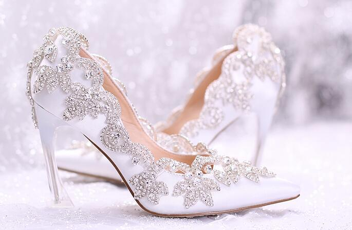New Women Pumps Crystal Wedding Shoes 2017 Elegant Ladies Pointed Toe High Heels Bridal Dress Shoes 9CM White Rhinestone Women Heels Shoes