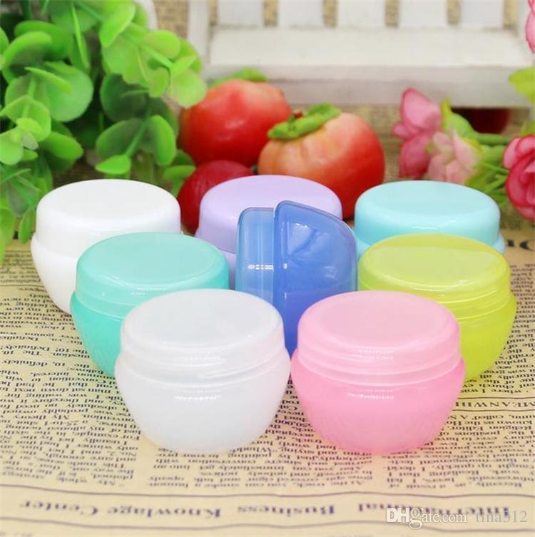 La boîte de conditionnement cosmétique de la boîte à crème carrée est utilisée pour échantillonner un petit carré de petites boîtes à échantillons