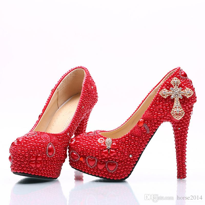 2017 Lady Red Sapatos de Salto Alto Nupcial Sapatos de Festa de Casamento com Pérola e Strass Cruz Mãe de Noiva Sapatos de Plataforma de Baile ...