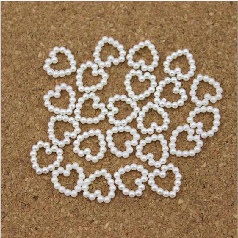 Nuovo disegno a forma di perline di perle bianche a forma di cuore Accessori capelli fai da te Perla Telefono Matrimonio Cardmaking Craft 11mm * 11mm 2016 CALDO
