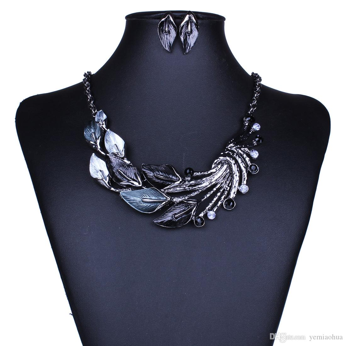 New Crystal Flower Jewelry Set Necklace Earrings African Maxi Statement Jewelry Wedding Bridal Pendant Dress Accessories