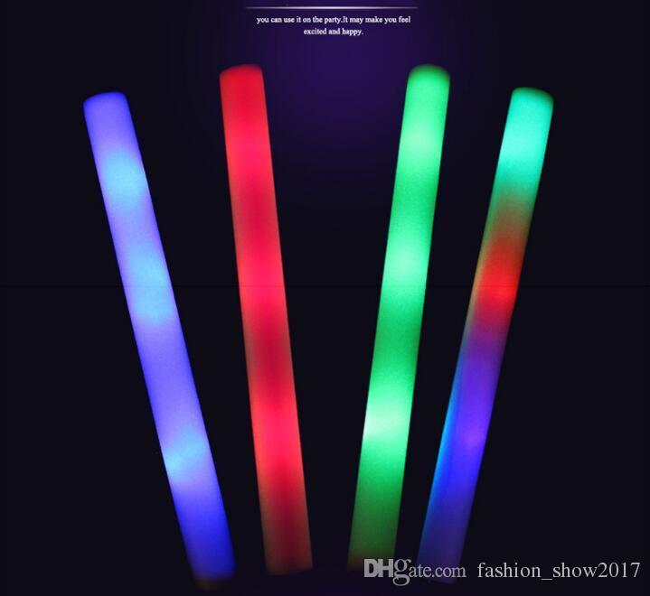 Colorido piscando luz diodo emissor de diodo emissor de diodo emissor de diodo emissor de diodo emissor de diodo emissor de diodo emissor de diodo emissor de luz da vara leves acima da vara da luz do diodo emissor de luz para a festa de aniversário do casamento Cheering Sticks Wedding Luz LED