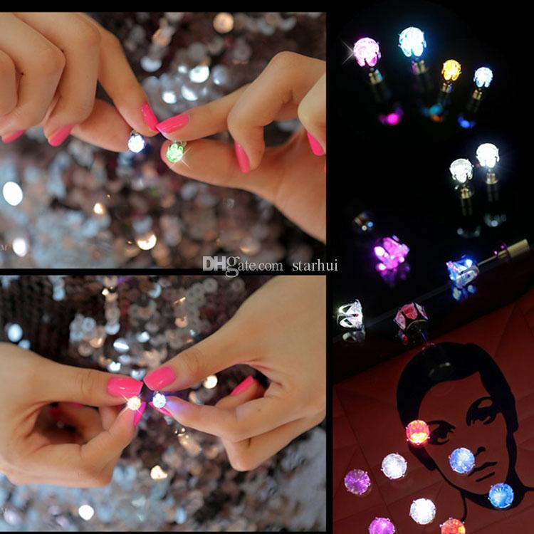 LED Ohrringe Stud Led Light Emittierende Blitz Ohrstecker Birthday Party Nightclub Beste Geschenk LED Leucht Weihnachtsfeier Ohrringe WX-C46