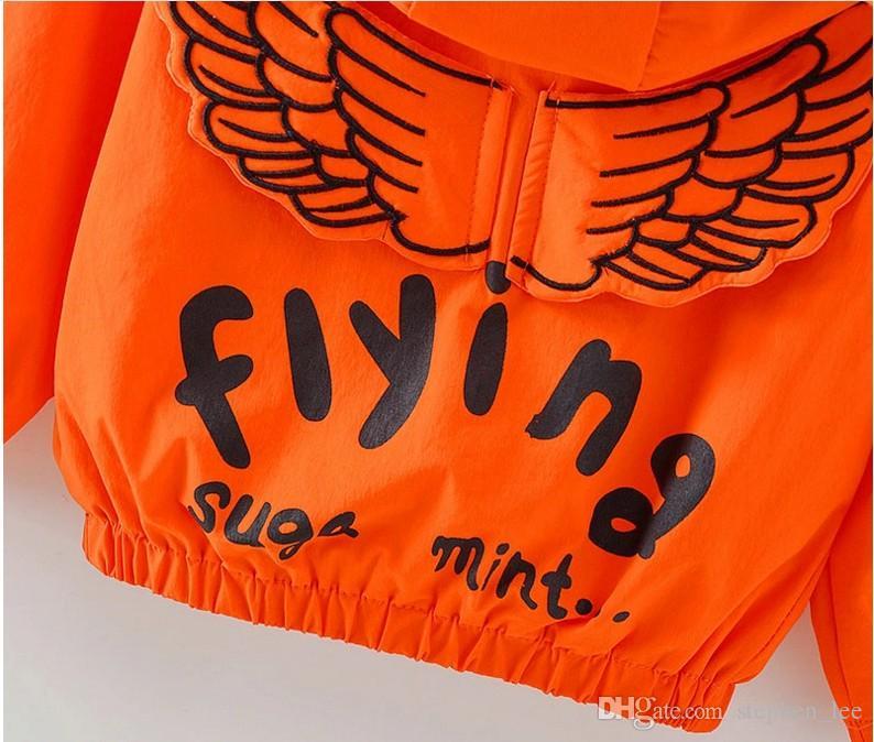 Au détail 2017 Printemps Automne Bébé Garçons Filles Angel Wings Manteaux Outwear Enfants Zipper À Capuche Vestes De Mode Enfants Vent Manteau 90 cm-100 cm-110 cm