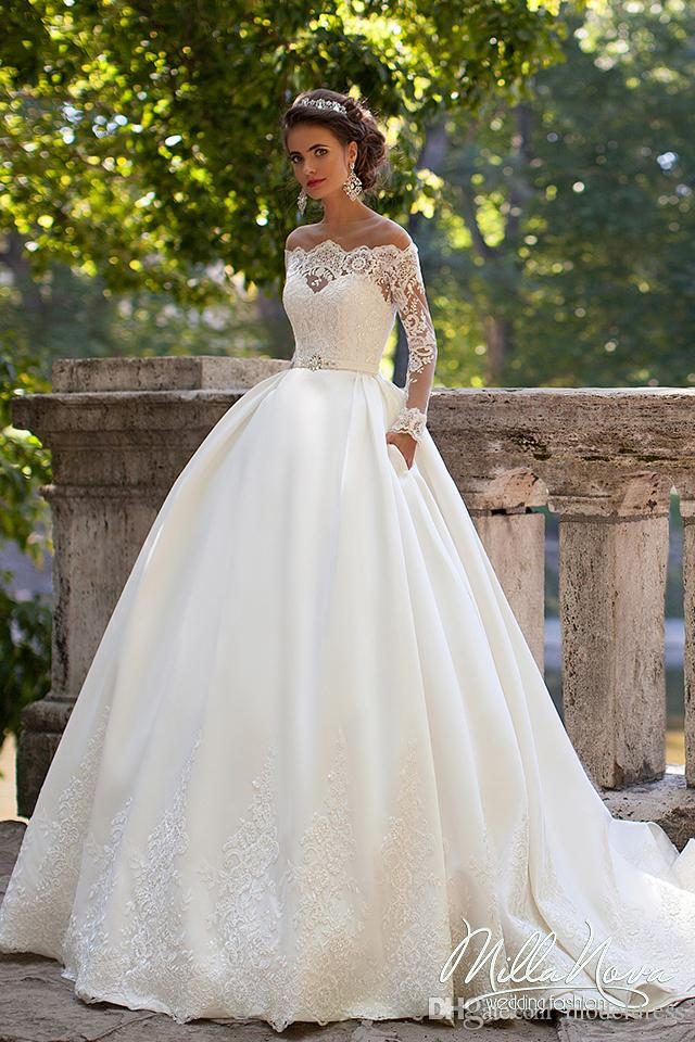 Long Sleeves Wedding Dresses Sheer Neckline Appliques Sweep Train Chapel Country Bridal Gowns Vestido De Noiva Plus Size Customized 2020