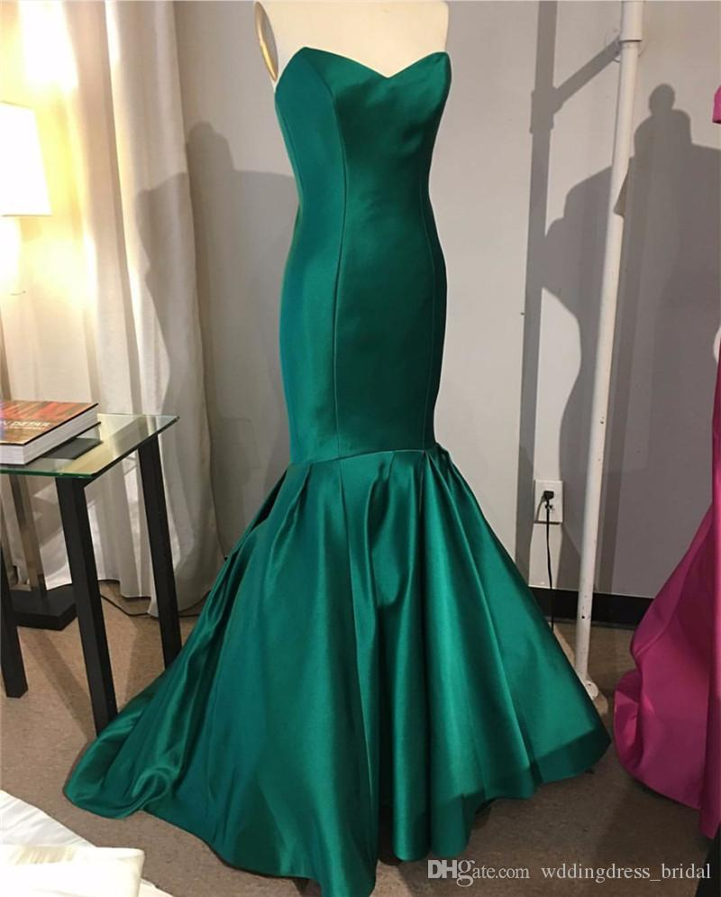 Satin emerald gown recommend to wear for on every day in 2019