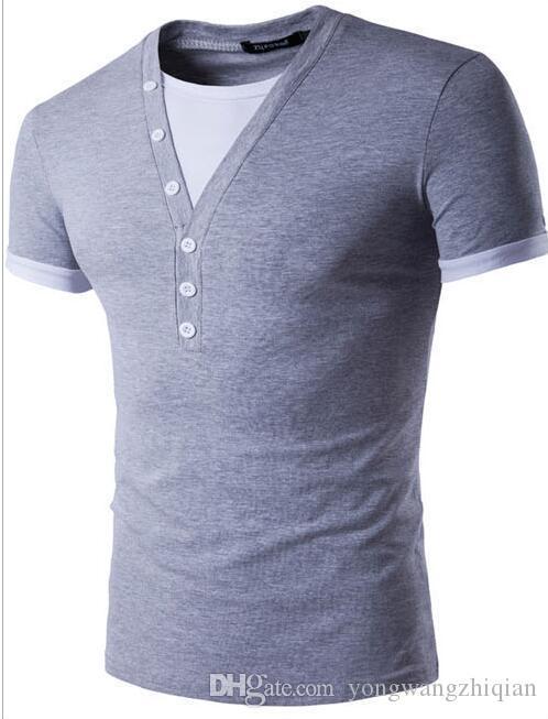 Le nouveau commerce extérieur 2017 hommes v-cou faux deux loisirs rendre vêtement supérieur sans doublure d'un T-shirt à manches courtes