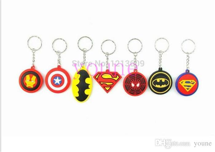 Caldo! 40 pz Batman Spiderman Superman Capitan America Silica Gel Portachiavi Moda Portachiavi Ciondolo Figura Accessori Modello Regali