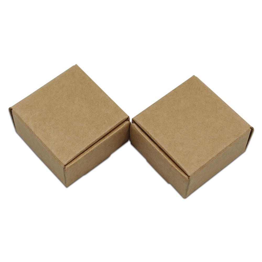 Küçük 3.7 * 3.7 * 2 cm Kraft Kağıt Kutusu Hediye Ambalaj Kutusu Takı Için DIY El Yapımı Sabun Düğün Parti Şeker Ekmek Kek Kurabiye Çikolata Kutusu