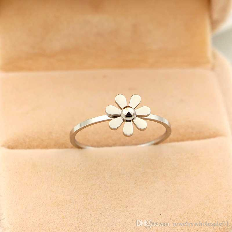 handmade rings k jewelry gold luxury diamond in natural ring women from engagement item for gia camellia wedding jewellery rose and