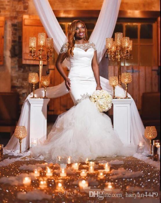 2017 Nuovo Abiti da sposa a buon mercato Abiti da sposa Gioiello Collo Cap Maniche Illusione Crystal Beaded Court Treno Plus Size Sheer Back Abiti da sposa formale