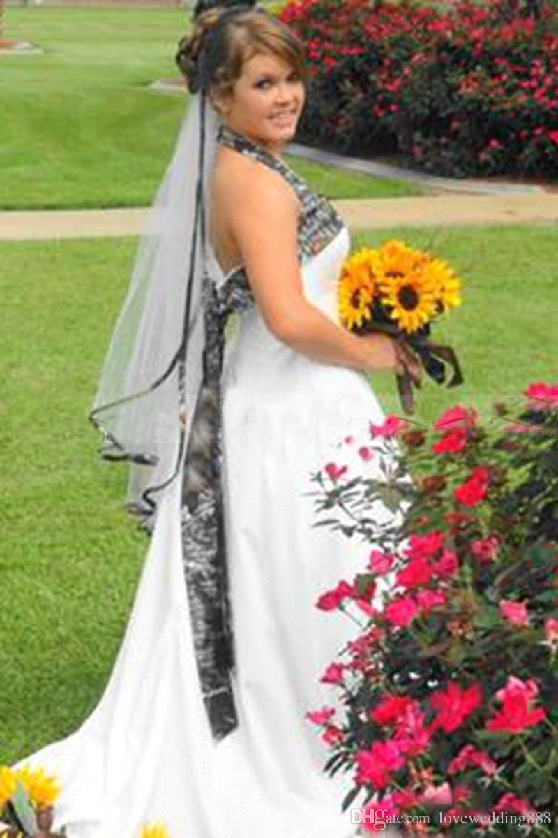 2019 Plus Size Camo A Line Wedding Dresses Cheap Halter Sleeveless Satin Bridal Gowns Camouflage Cheap