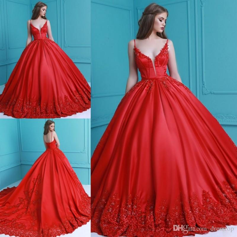 c61b7b6ba8c Stunning Red Appliqued Prom Dresses Long Ball Gown Plunging Neckline Beaded  Appliqued Eevening Dress Floor Length Pleated Party Gowns Design My Own Prom  ...