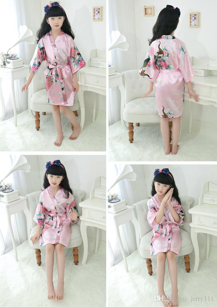 Bambini Robe Satin Bambini piccoli Kimono Robes Damigella d'onore Regalo Flower Girl Dress Accappatoio di seta Camicia da notte Kimono accappatoio i 7 Taglie LC415-1