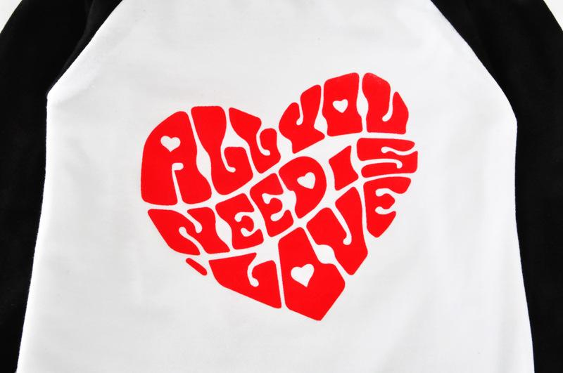 Camiseta para niñas pequeñas Corazón Todo lo que necesitas Carta Camisetas de manga larga Camisetas 009 #