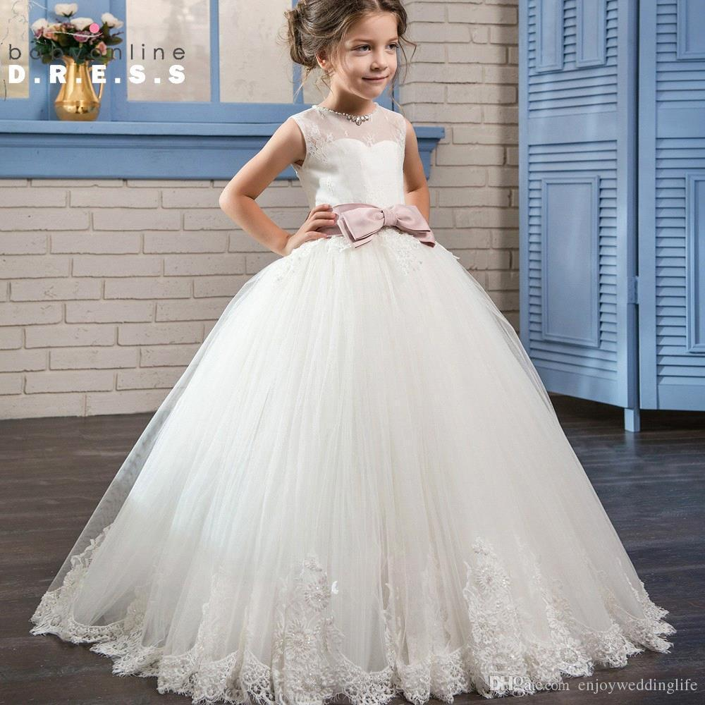 Princess Cute Flower Girls Dresses 2017 Jewel Neck Lace Appliqued First Communion Dresses With Sash Girl Birthday Dress for Weddings BA5398