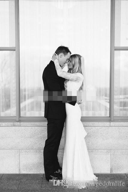 Hot 2017 abiti da sposa in pizzo con maniche lunghe guaina sheer scollo a V elegante da sposa da spiaggia in spiaggia abito da sposa lunghezza piano