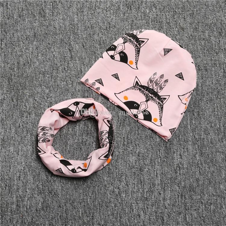 20 styles INS chapeau d'impression + bavoirs / set bébé coton renard crocodile Bear tigre d'impression chapeau et bavoirs C1613