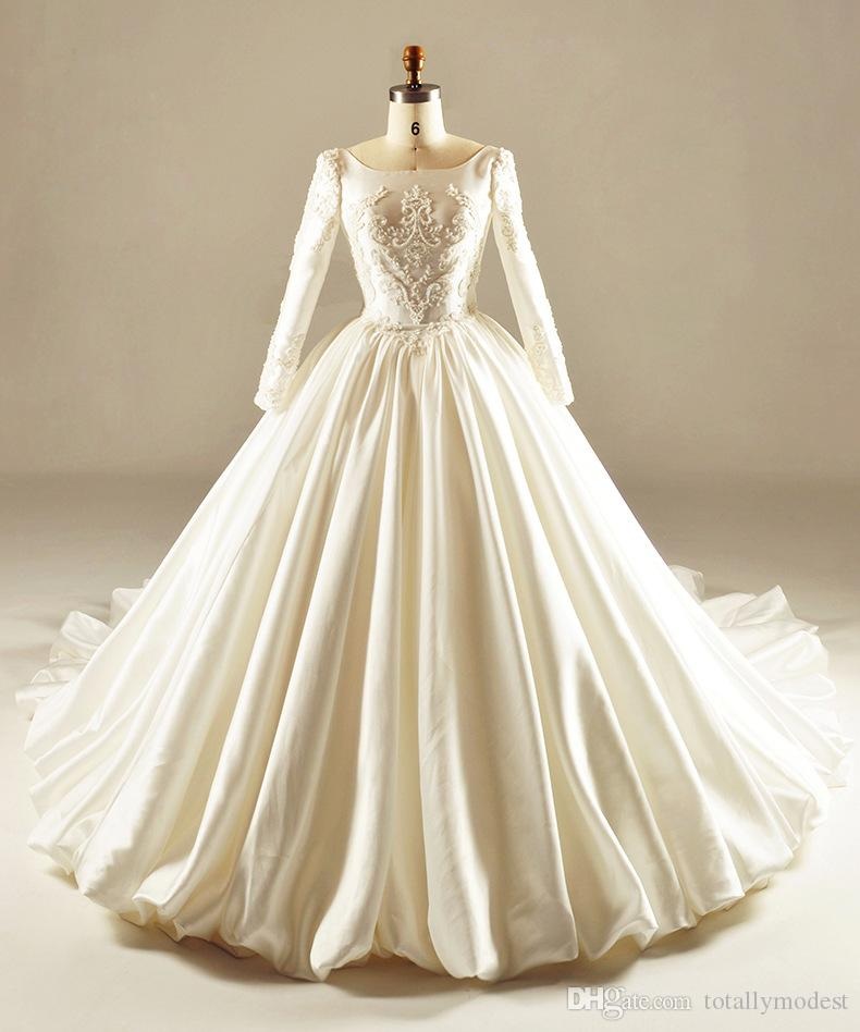 Vintage 1950s 60s court ball gown modest wedding dresses for Vintage wedding dress 60s
