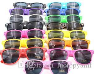 بيع الساخنة النظارات الشمسية النساء والرجال الرجعية النظارات الشمسية الرجعية للجنسين خمر النظارات الشمسية