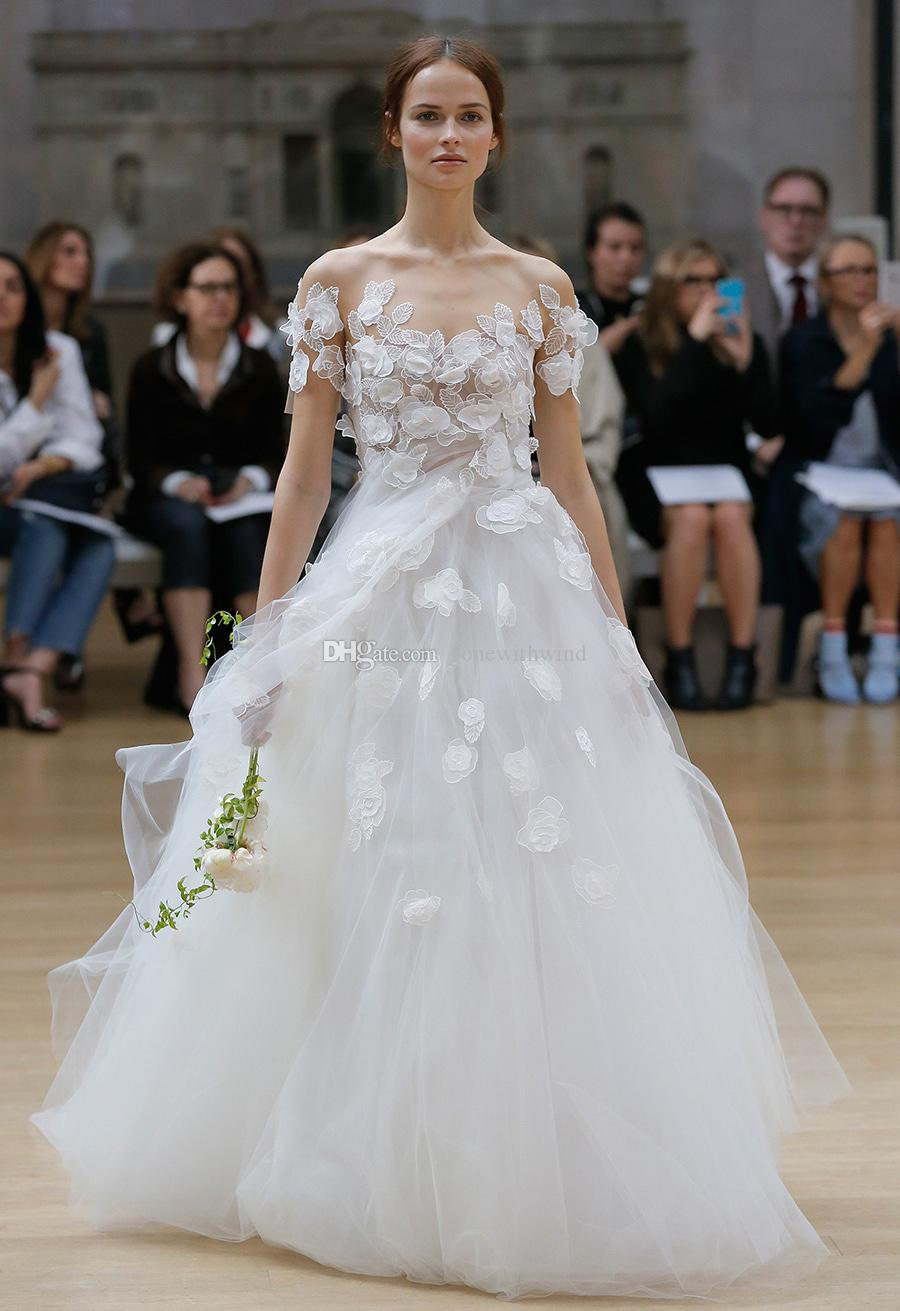 Short sleeves 3d floral appliques ball gown wedding for Oscar de la renta short wedding dress