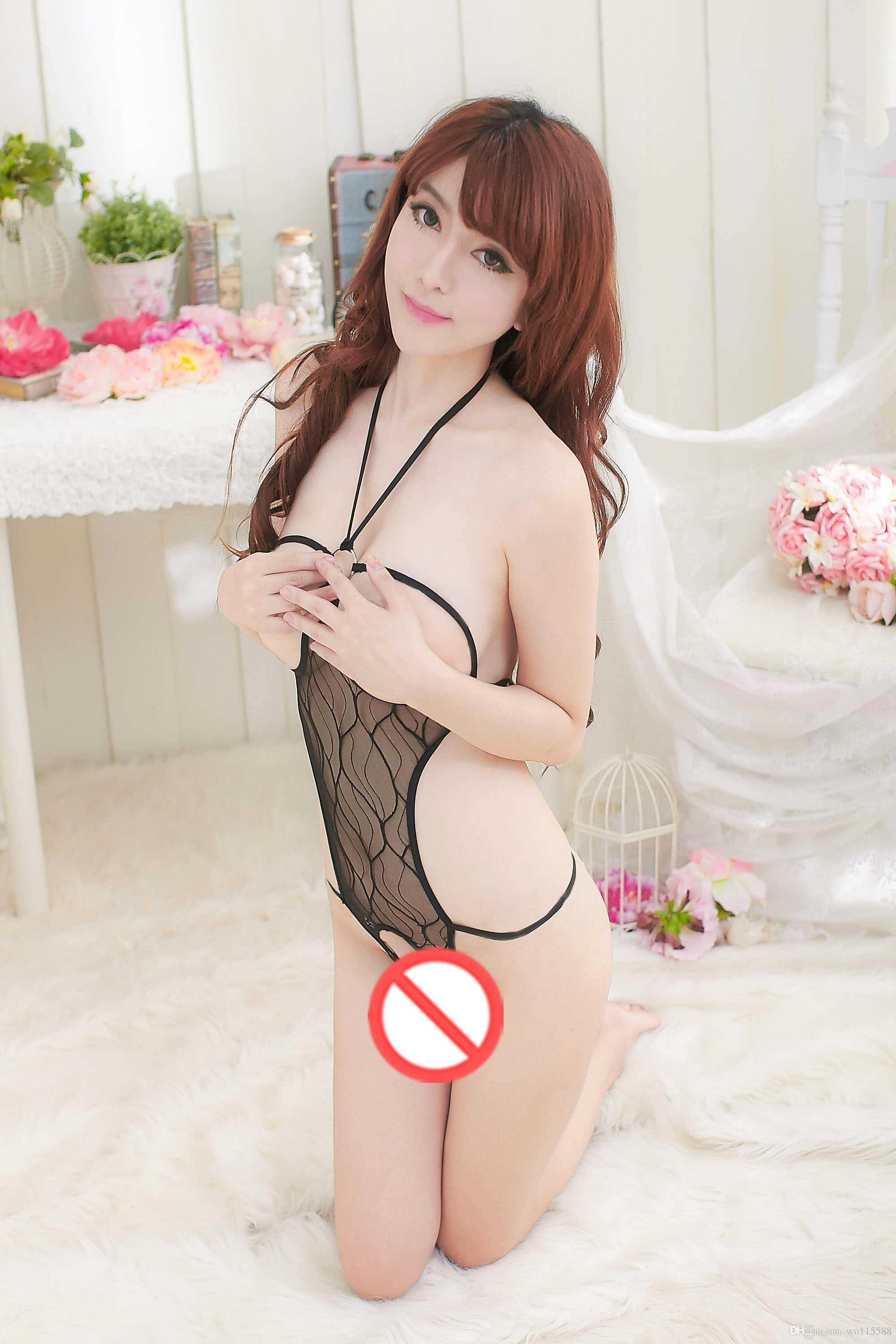 new sexy lingerie Cosplay underwear black rose red hollow hanging neck strap pattern piece of open mouth open milk Pajamas