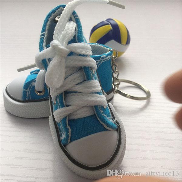 100 UNIDS Mini Lienzo Zapatilla de Tenis Zapatillas de Tenis Llaveros 2.95 pulgadas Zapatos Deportivos Llavero Muñeca Divertido Año Nuevo Fiesta Festiva regalos Al Por Mayor