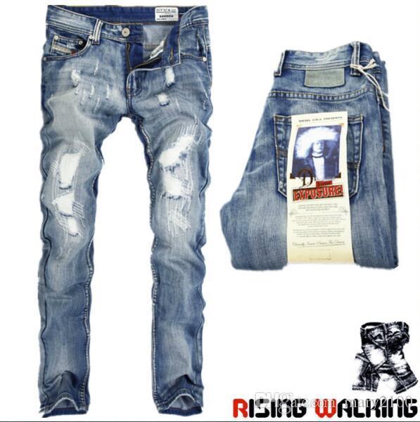 Pantalones vaqueros de los hombres de High Quanlity Pantalones coreanos delgados rectos de los hombres Jeans de colores claros Marea infantil Agujero del mendigo Retro Copp roto Envío gratis