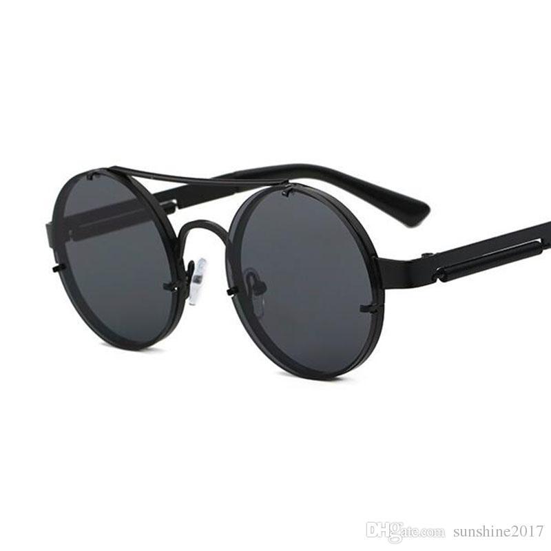 Compre Steampunk Óculos De Sol Rodada Óculos Escuros Masculino Ouro Moldura  De Metal Gótico Mens Óculos De Sol Das Mulheres Shades Marca Designer Retro  ... ef2a6906a2